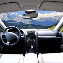 Riparazione interni automobili Como e provincia